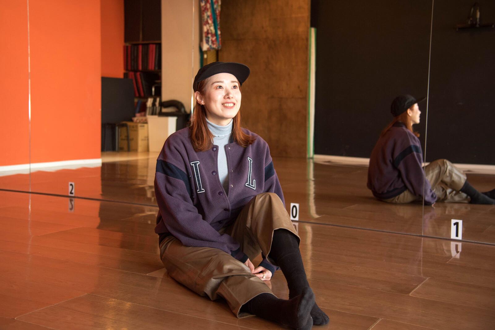 ローカルWEBメディア・地域サイト 地元サイト 草加ローカルストーリー 岡本朱里 ダンサー 坐禅 3枚目写真