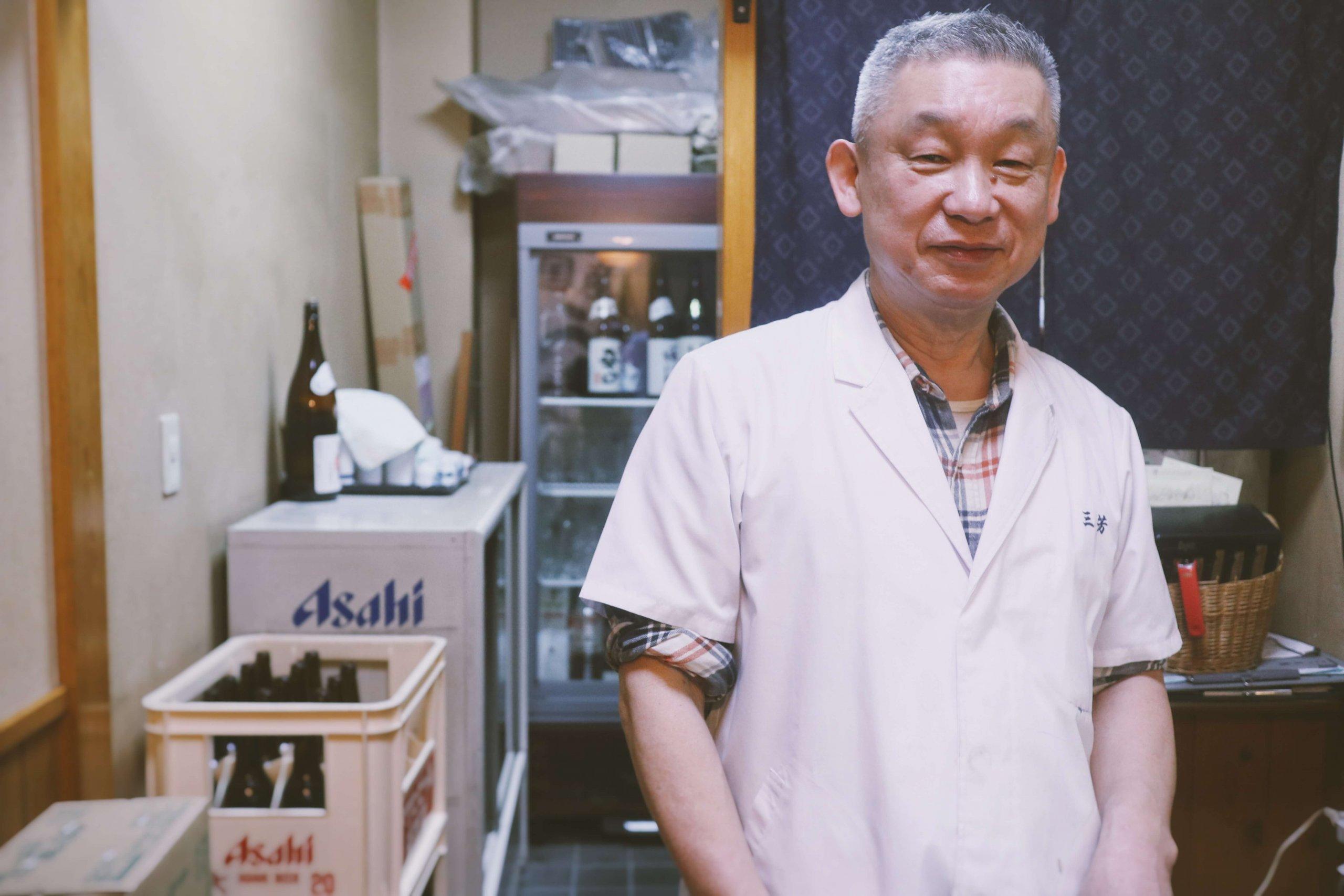 ローカルWEBメディア・地域サイト 草加ローカルストーリー 草加 居酒屋 三芳 マスター